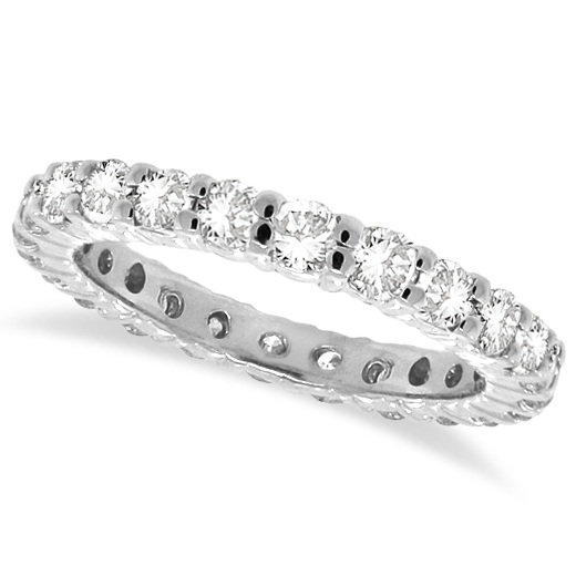Do's and Don'ts of Wedding Band Shopping
