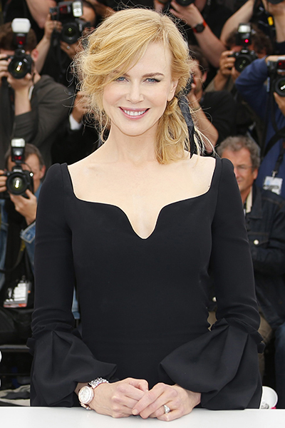 epa03701361 Jury member, Australian actress Nicole Kidman poses during the photocall of the Jury at the 66th annual Cannes Film Festival in Cannes, France, 15 May 2013. The festival runs from 15 to 26 May.  EPA/IAN LANGSDON