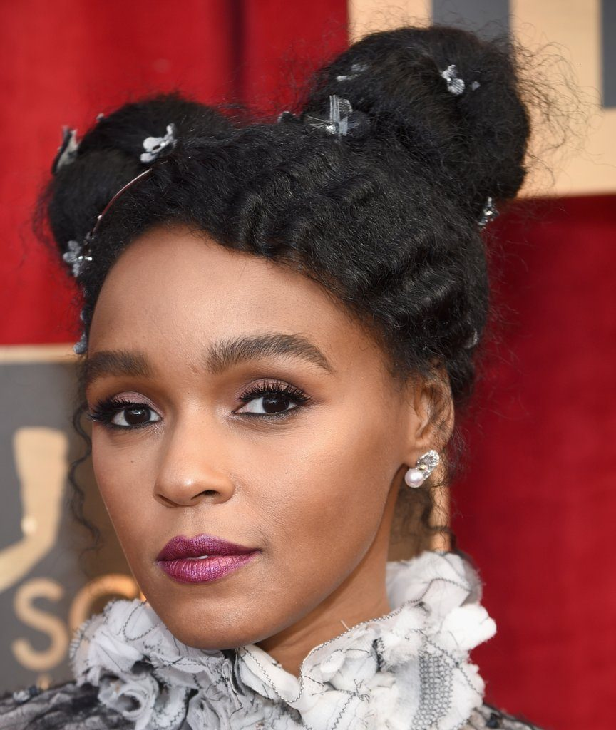 Janelle Monáe's gorgeous Pearl Earrings