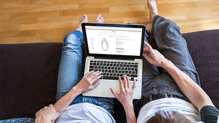 This Free Try at Home Ring Preview Service Makes Jewelry Shopping So Much Easier