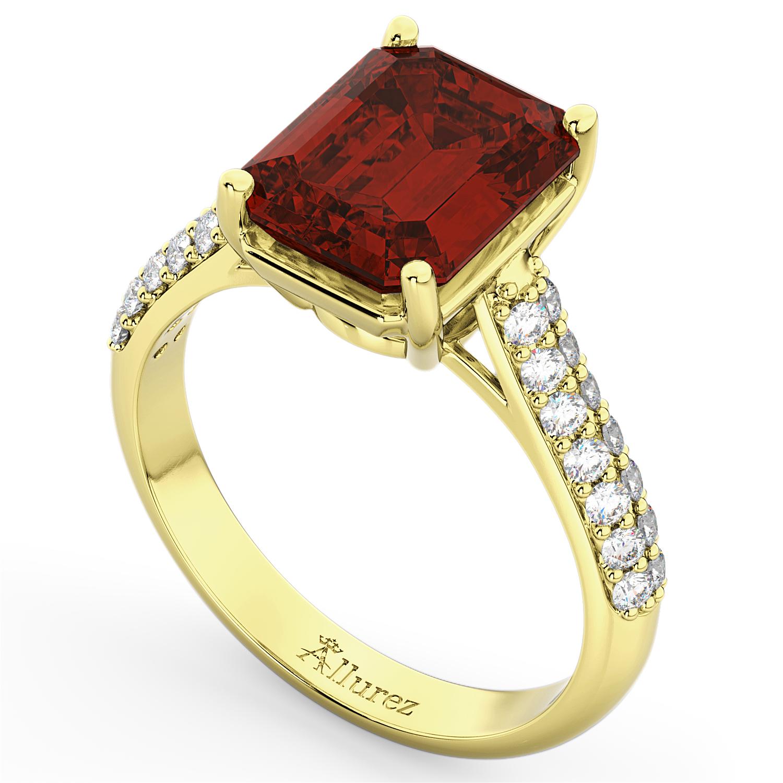 Emerald-Cut Garnet & Diamond Ring 18k Yellow Gold (5.54ct)