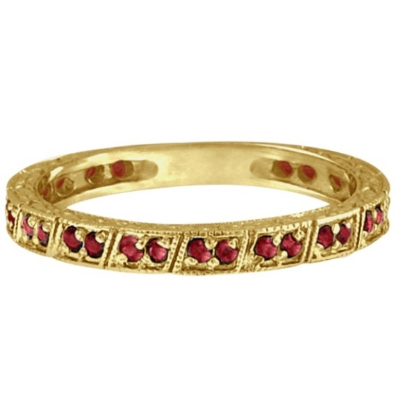 Garnet Stackable Ring Anniversary Band in 14k Yellow Gold (0.27ct)
