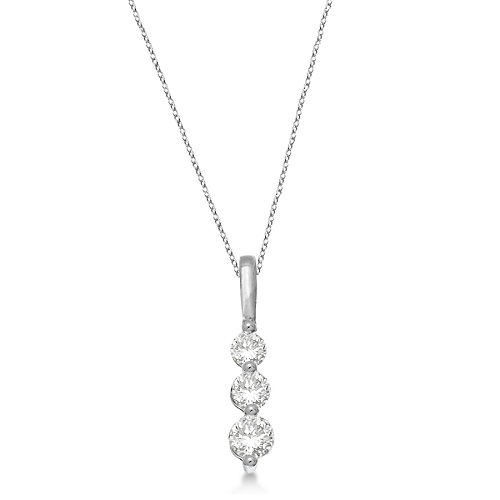 Three-Stone Graduated Diamond Pendant Necklace 14K White Gold (0.50ct)