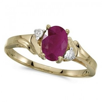 Oval Ruby and Diamond Ring in 14K Yellow Gold (0.95ct)
