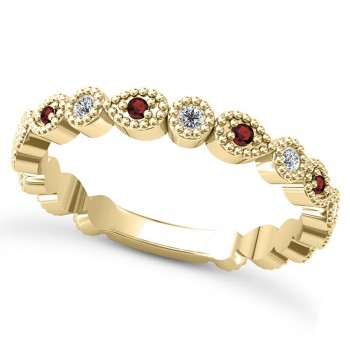Alternating Diamond & Garnet Wedding Band 14k Yellow Gold (0.21ct) This 14k yellow gold diamond and garnet wedding band is anything but ordinary.8 individual diamonds and 9 individual garnets cover almost the entire band, and are each surrounded by milgrain edging, alternating between diamond round shapes and garnet pear shapes.The sides and bottom of this ring are smooth, so it fits comfortably on your finger.The 0.08ct of bezel set diamonds are G-H color and SI1-SI2 clarity, and the 0.14ct of prong set garnets are eye clean.This beautiful all around ring can be worn as a wedding band, as a stackable ring, or as a right hand fashion ring.
