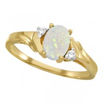 Oval Opal and Diamond Ring in 14K Yellow Gold (0.46ct)