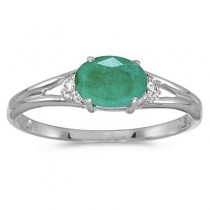 Oval Emerald & Diamond Right-Hand Ring 14K White Gold (0.45ct)